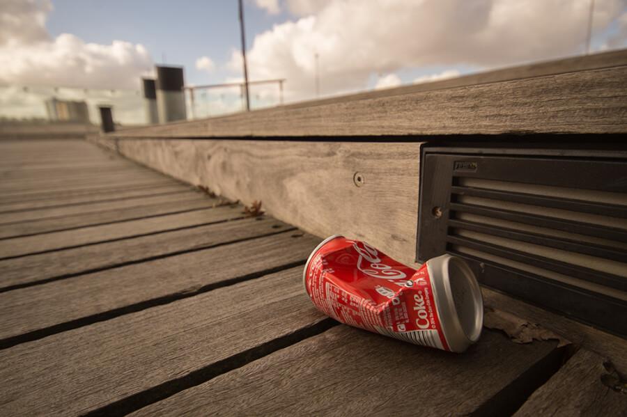 CocaCola bundža atkritumi