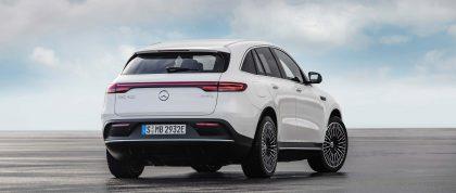 Mercedes-Benz EQC pirmais testa brauciens 1