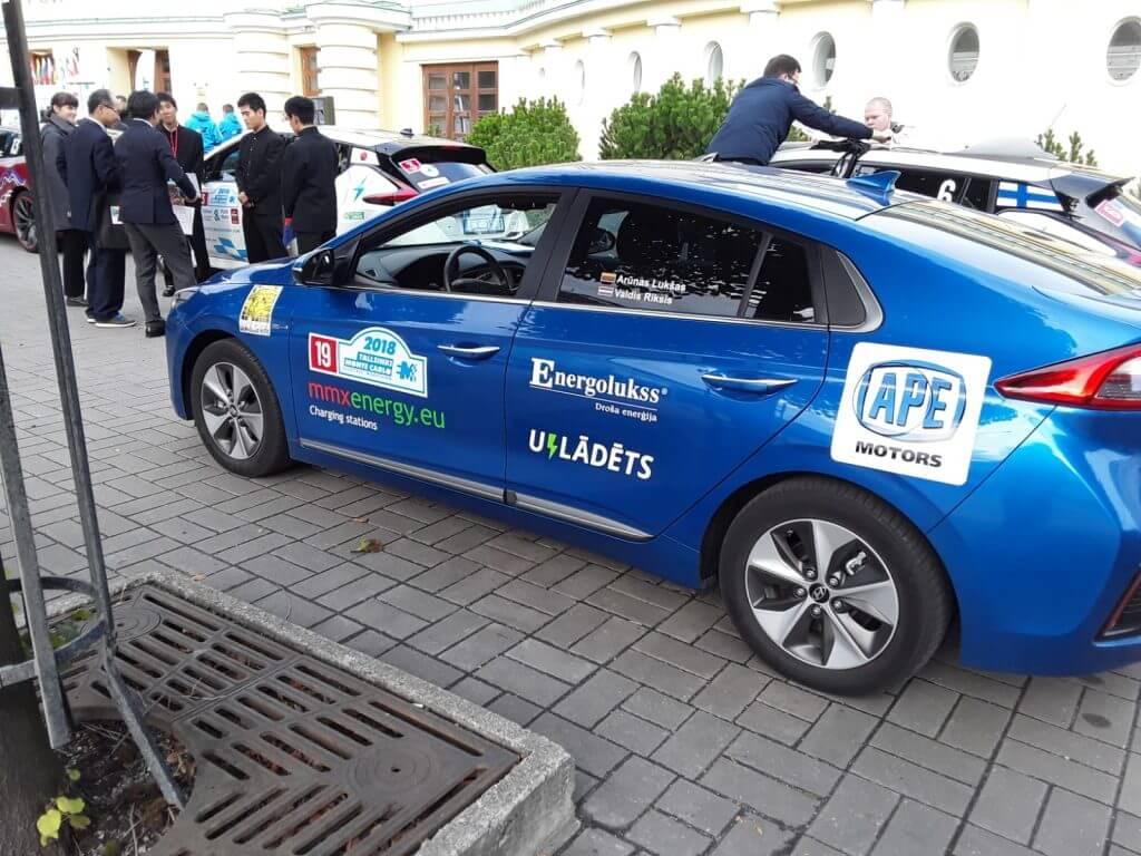 Starts elektriskajam maratonam Hyundai Ioniq