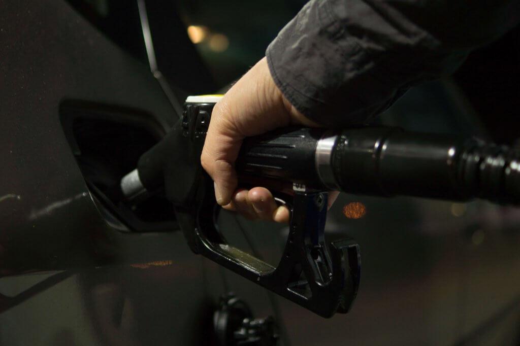 Degvielas uzpilde