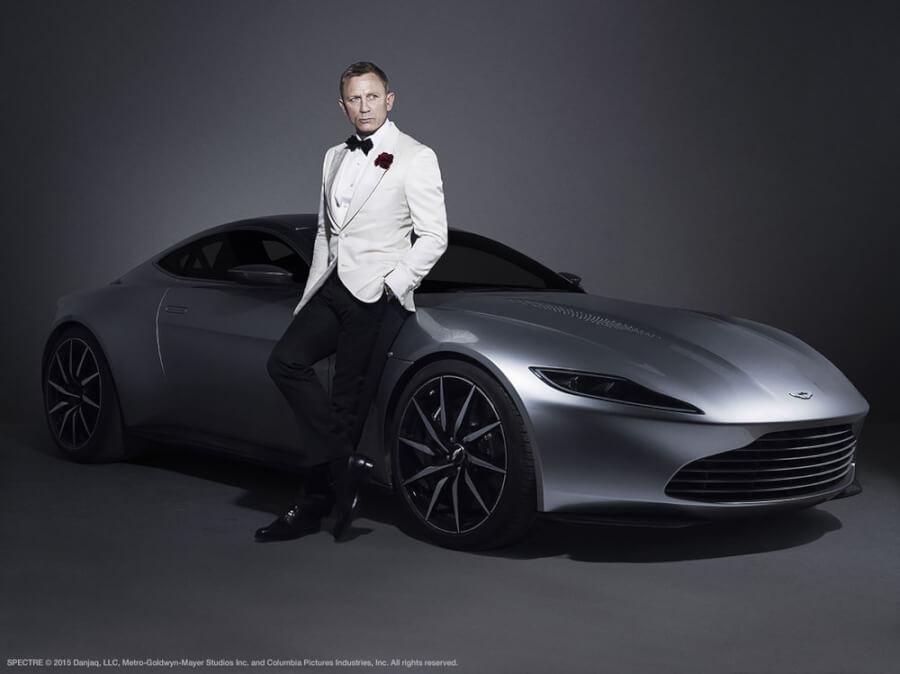 Aston Martin DB10 ar 007