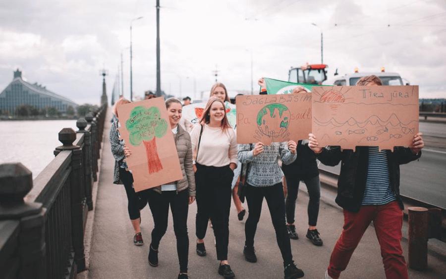 Protestētāji Rīgā