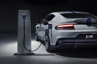 Elektriskais Aston Martin ir prezentēts 9