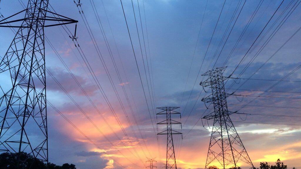 Elektrības līnijas