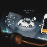 Tesla Model S ekrāns