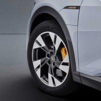 Audi atklāj lētāku e-tron variantu 10