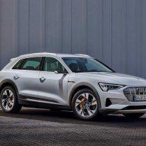 Audi atklāj lētāku e-tron variantu 12