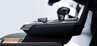 Mazda izlien no dūmiem - MX-30 6