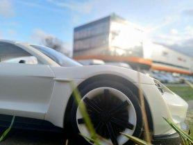 Izklaides ar Porsche Mission E (+konkurss) 2