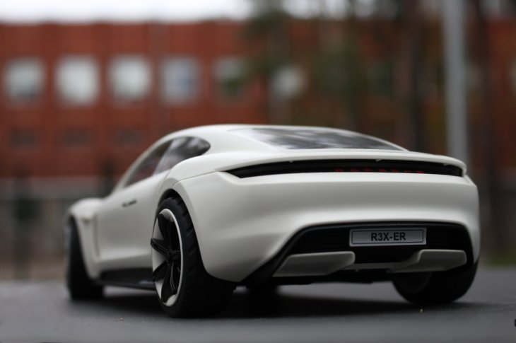 Porsche Mission E no Playmobil