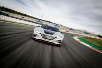 Nissan prezentē jaudīgāko LEAF - NISMO RC 8