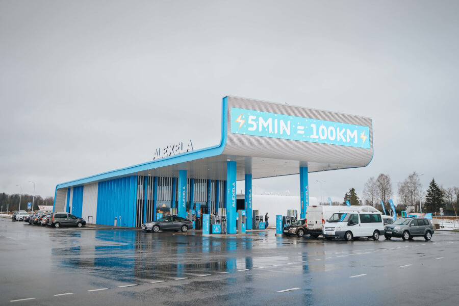 Eleport & Alexela 160 kW uzlādes stacijas atklāšana