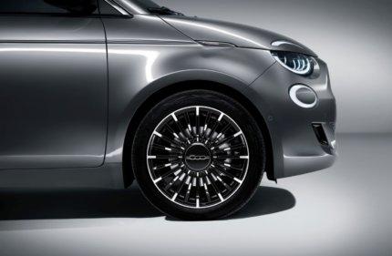 "Fiat 500 ""la Prima"" - pilsētas elektroauto ar šiku 6"