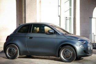 "Fiat 500 ""la Prima"" - pilsētas elektroauto ar šiku 10"