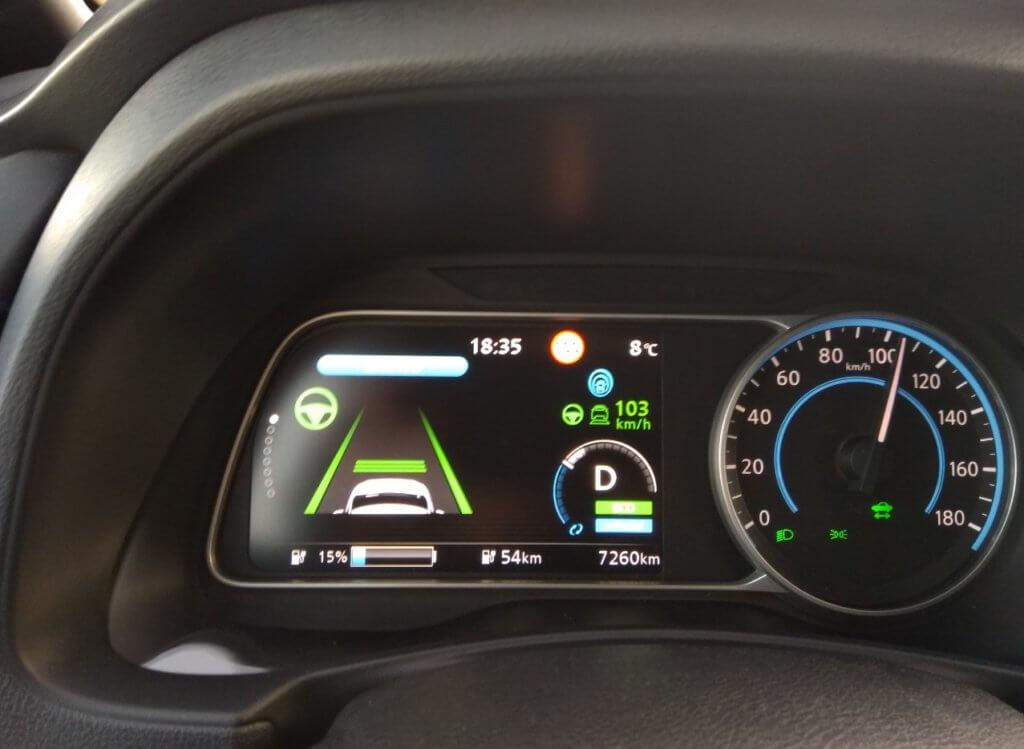 Nissan Leaf e+ ar ieslēgtu ProPILOT un e-Pedal