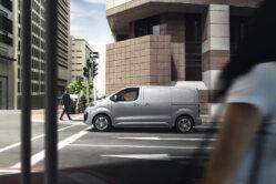 Elektrisko furgonu trīnīši - Opel, Peugeot, Citroen (+Toyota) 3