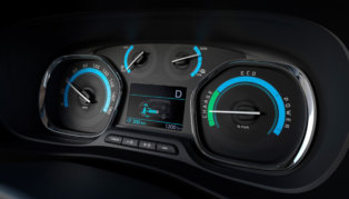 Elektrisko furgonu trīnīši - Opel, Peugeot, Citroen (+Toyota) 6
