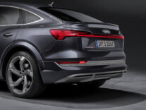 Inovatīvi, dinamiski un pilnībā elektriski: Audi etron S un Audi etron S Sportback 2
