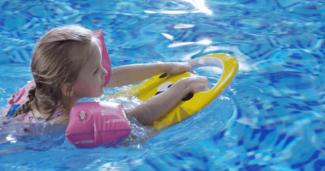 Mācies peldēt ar LESWIM elektrisko pelddēli 8