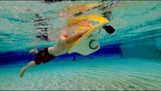 Mācies peldēt ar LESWIM elektrisko pelddēli 5