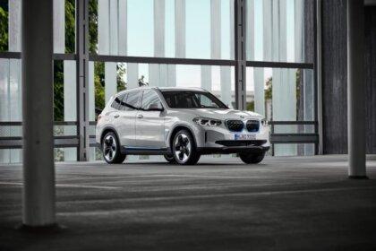 Beidzot tas ir prezentēts - elektriskais BMW iX3 1