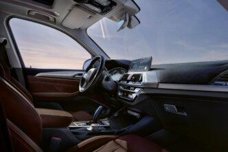 Beidzot tas ir prezentēts - elektriskais BMW iX3 8