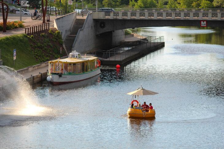 Jelgavas tūrisma elektriskā laiva no Migo City