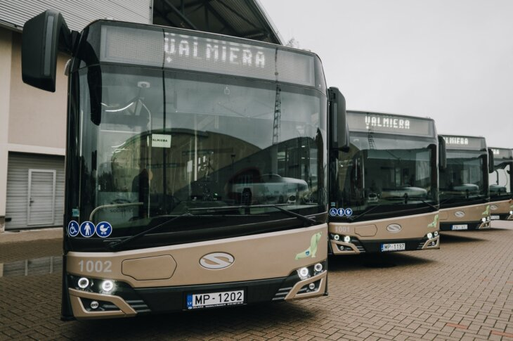 Valmieras Solaris hibrīdautobusi