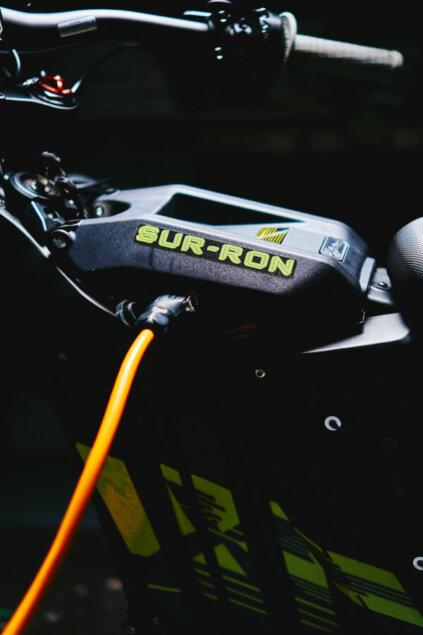 SUR-RON Light Bee L1e X apskats (+video) 1
