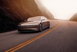 Lucid Air uzstāda uzlādes rekordu. Vai Teslai ir kārtīgs konkurents? 2