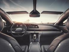 Lucid Air uzstāda uzlādes rekordu. Vai Teslai ir kārtīgs konkurents? 5