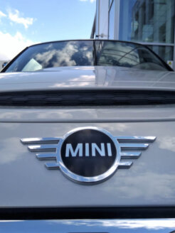 MINI Cooper SE apskats (+video) 2