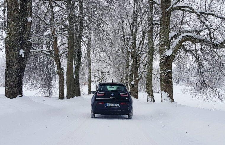 BMW i3 ziemā