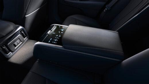 Ūdeņraža elektroauto Toyota Mirai apskats 4