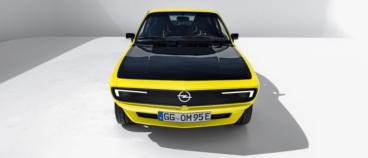 Opel atrāda Manta EV pārveidots retromodelis ar manuālo pārnesumkārbu 2