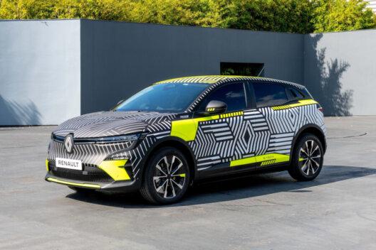 Atrāda Renault Mégane E-Tech Electric pirms ražošanas 1
