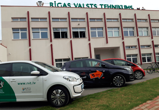Rīgas valsts tehnikums un elektroauto
